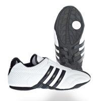Adidas-Taekwondo-Schuh-ADILUX-m.-schwarzen-Streifen,-Gr.-36—48