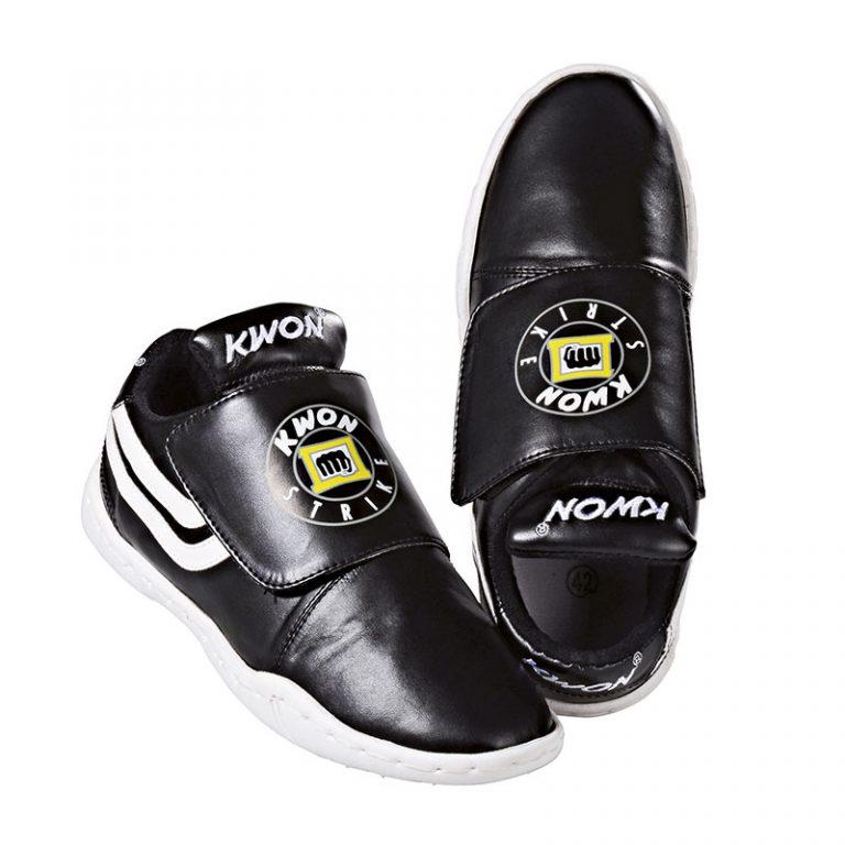 Kwon-Schuh-Strike,-Gr.-38---47
