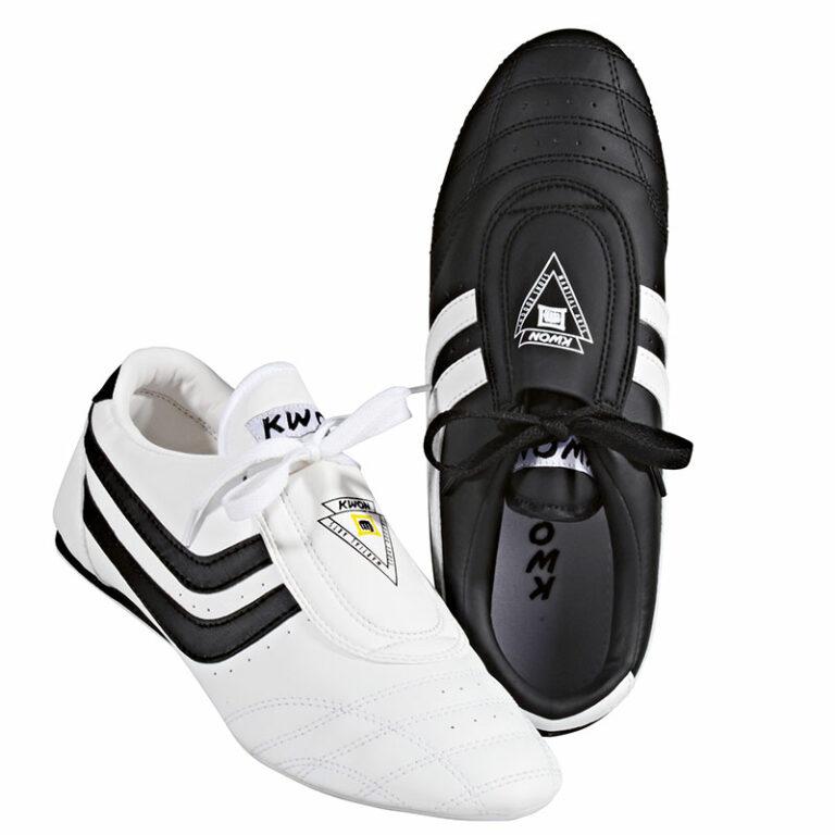 Kwon TKD Schuh Chosun PlusGrößen: 29 - 47, Farben: weiß u. schwarzAngebotspreis: 17,70 EUR (regulär: 26,95 EUR)
