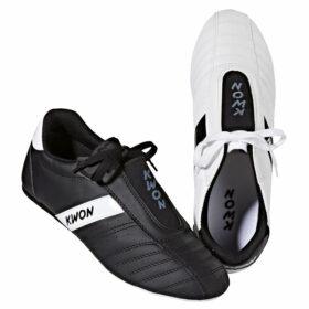 Kwon Schuh Dynamic, Farbe weiß oder schwarz<br>Größen: 30 – 47<br>Angebotspreis: 22,50 EUR  (regulär: 29,90 EUR)